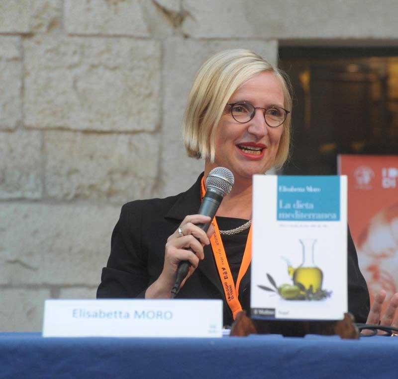 Elisabetta Moro condirettore