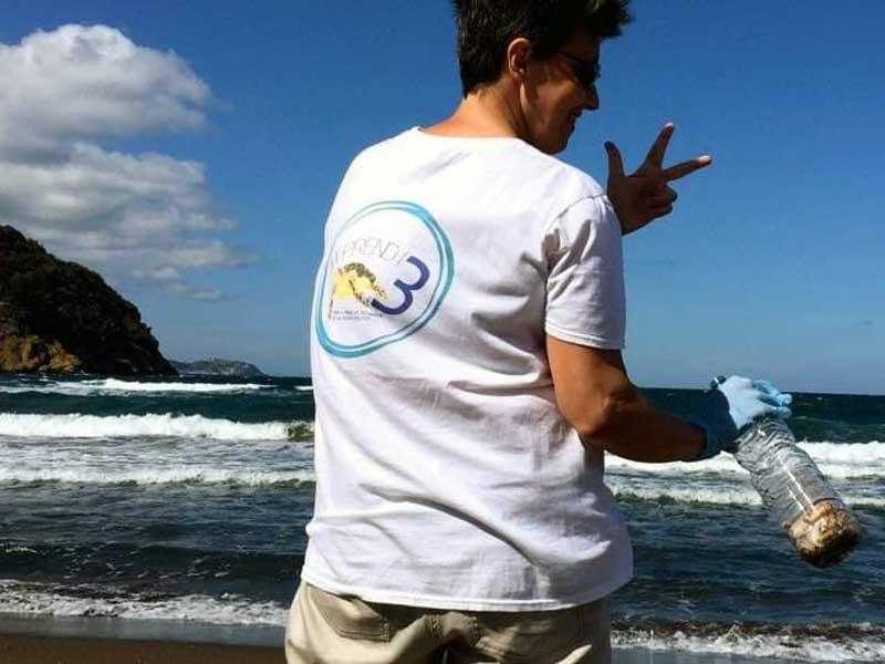 Da Napoli la sfida di #prendi3: quando i social fanno bene all'ambiente