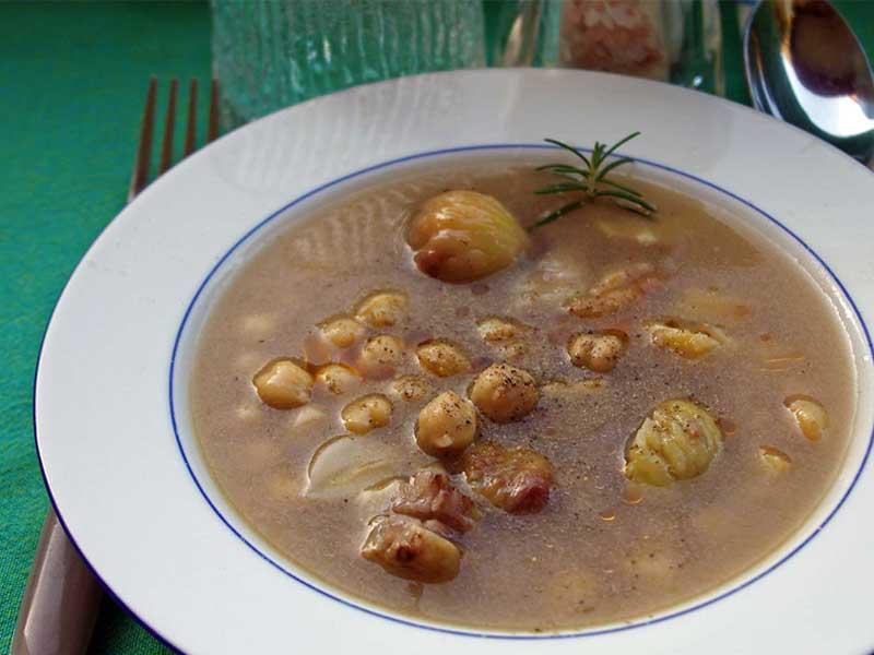 Ricetta autunnale irpinia: zuppa di castagne e fagioli